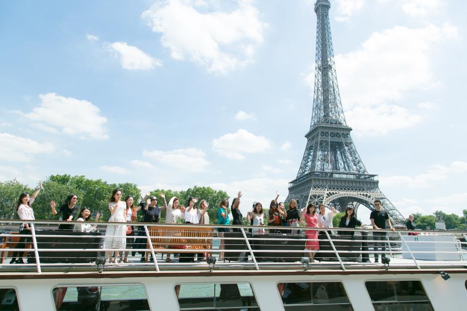 Visite KOL 3. Croisiere sur la Seine-21